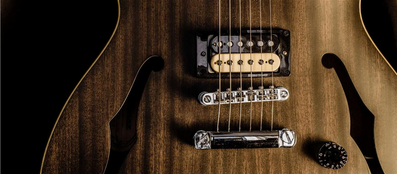 Is It Safe To Take All The Strings Off Your Guitar At Once?